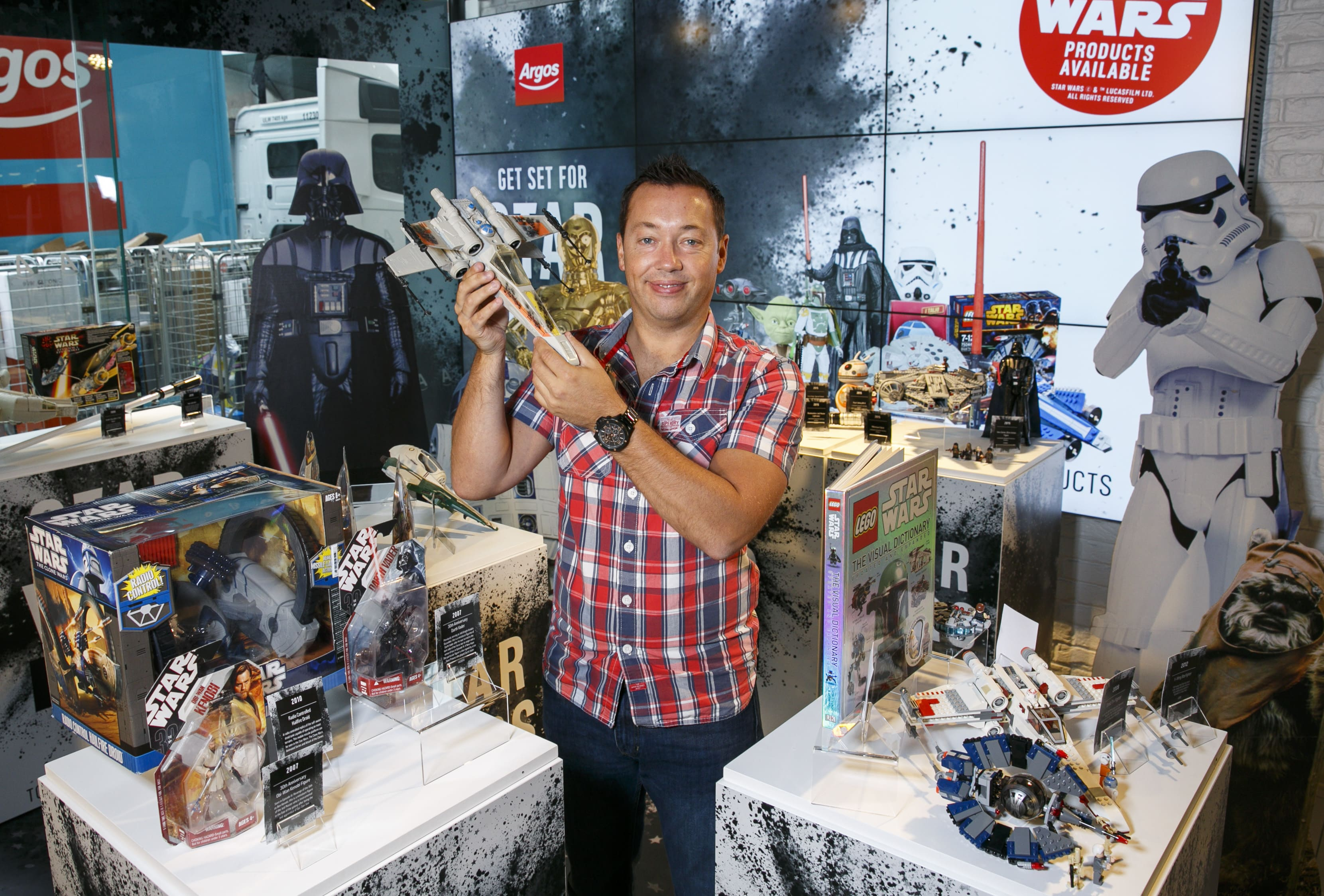 FEEL THE FORCE AT UK'S FIRST STANDALONE STAR WARS TOY MUSEUM